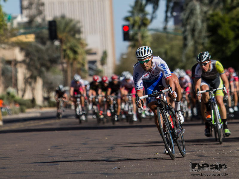 Eric Marcotte makes a break in the mens crit
