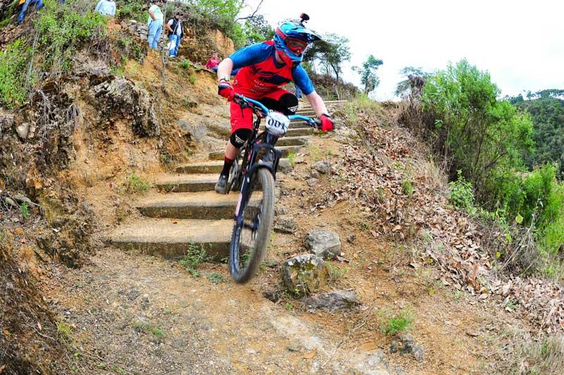 enduro in mexico with stairs