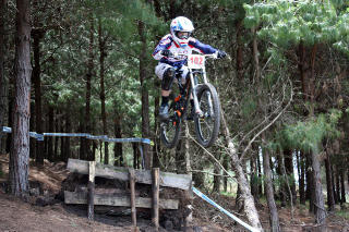 jackie harmony sends it at Pan American Continental Championships