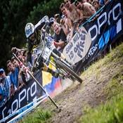 Commencal Back on Top, Downieville and Angel Fire on Tap and World 4X a GO-Go
